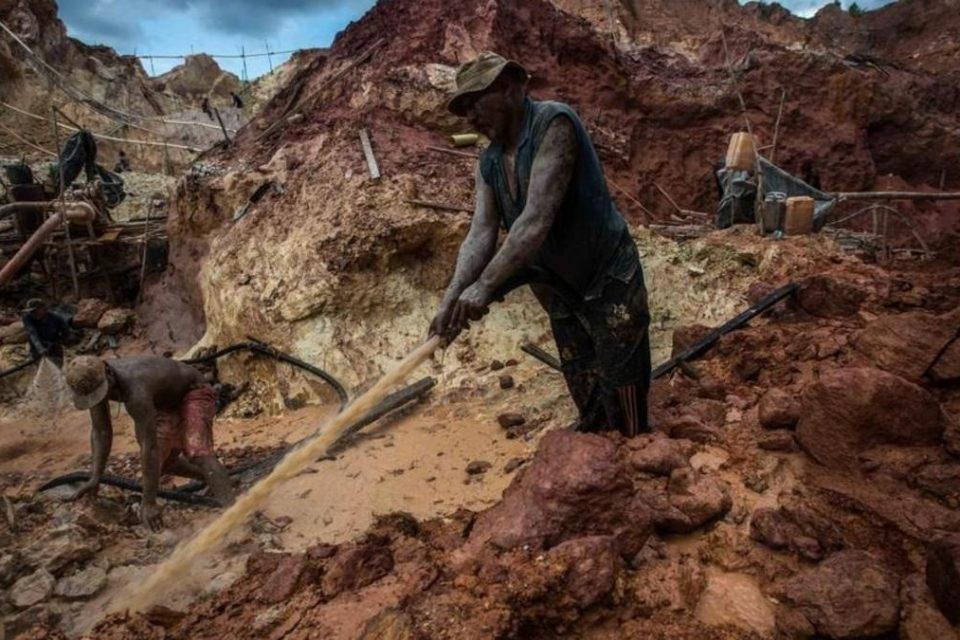 Minería ilegal en Venezuela