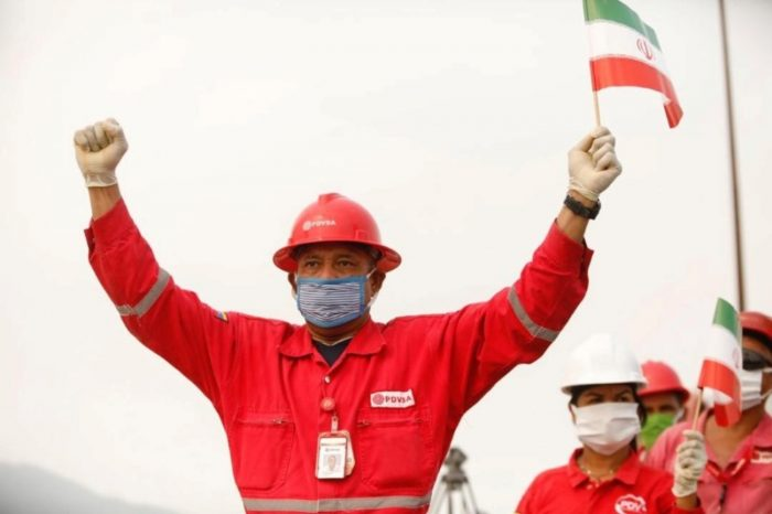Intercambio de gasolina con Irán paraliza a las aerolíneas venezolanas