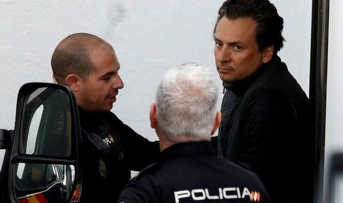 Ex jefe petrolero mexicano es extraditado desde España y enfrentará a la justicia