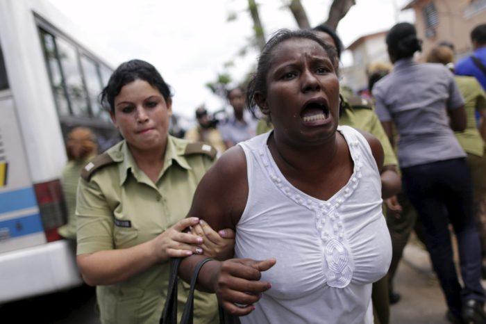 """Dictadura cubana usa sus """"armas sónicas"""" para reprimir a la disidencia"""