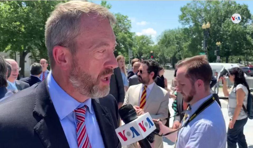 Diplomacia de EEUU hacia Venezuela seguirá sin cambios, asegura embajador James Story