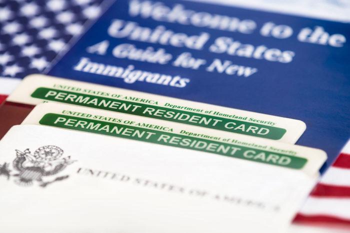 Estas son las razones por las que EEUU niega la ciudadanía, aún con green card