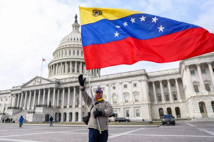 Conozca los detalles de la nueva propuesta para que venezolanos residan legalmente en EEUU