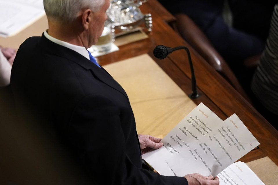 Pence finalmente certificó victoria de Biden - Primer Informe