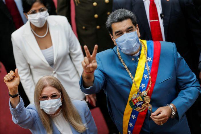 Maduro dio detalles de su dolarización 'a lo chavista'