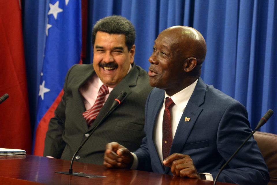 maduro entrega la comercialización del gas de pdvsa a trinidad y tobago - primer informe