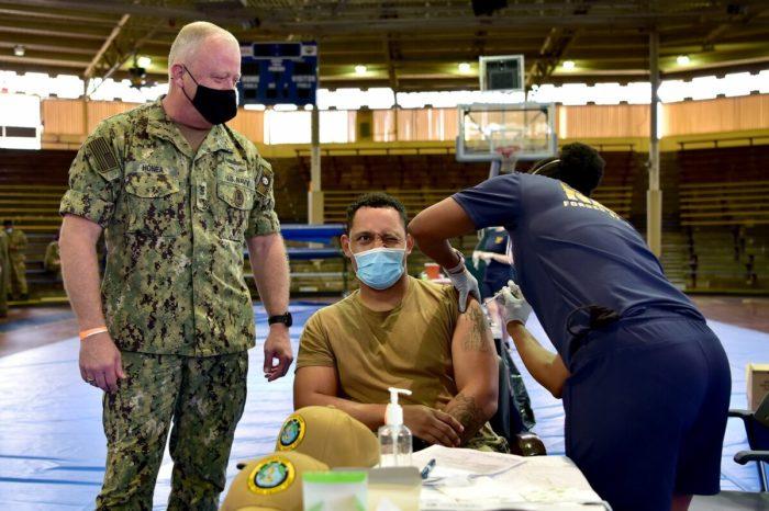 Los soldados estadounidenses que no quieren la vacuna contra la COVID-19