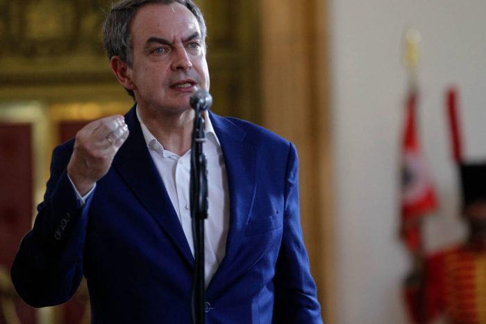Zapatero se hace con el control de El País de España