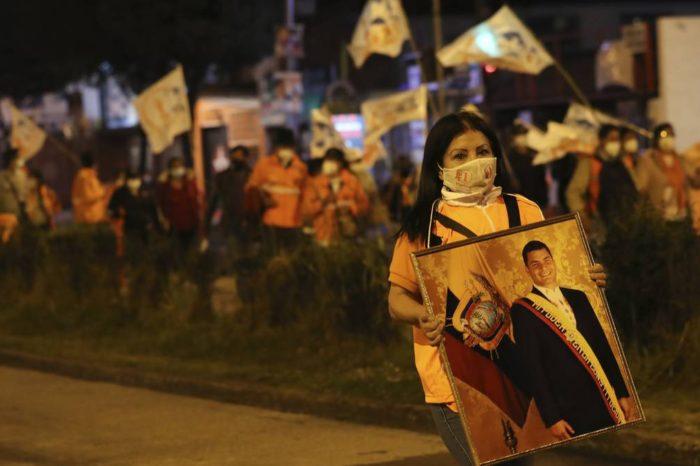 ANÁLISIS: Los peligros que se ciernen sobre Ecuador