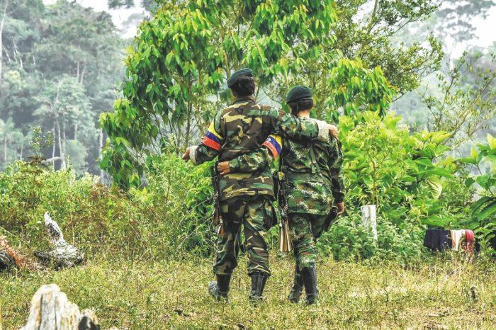 Las FARC piden diálogo a Maduro y aseguran que defenderán su revolución