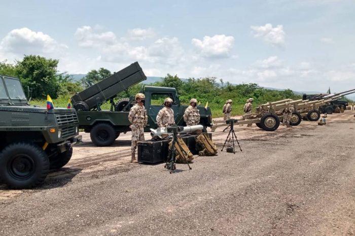 Las armas de Colombia para detener a Maduro (FOTOS)