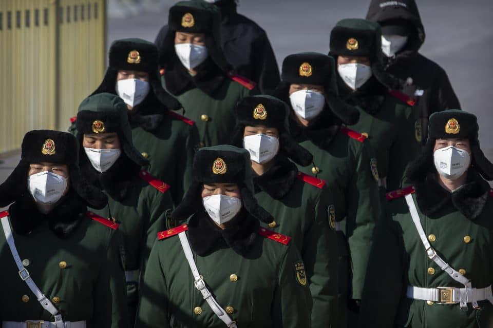 China estudiaba el uso de los coronavirus con fines militares en 2015