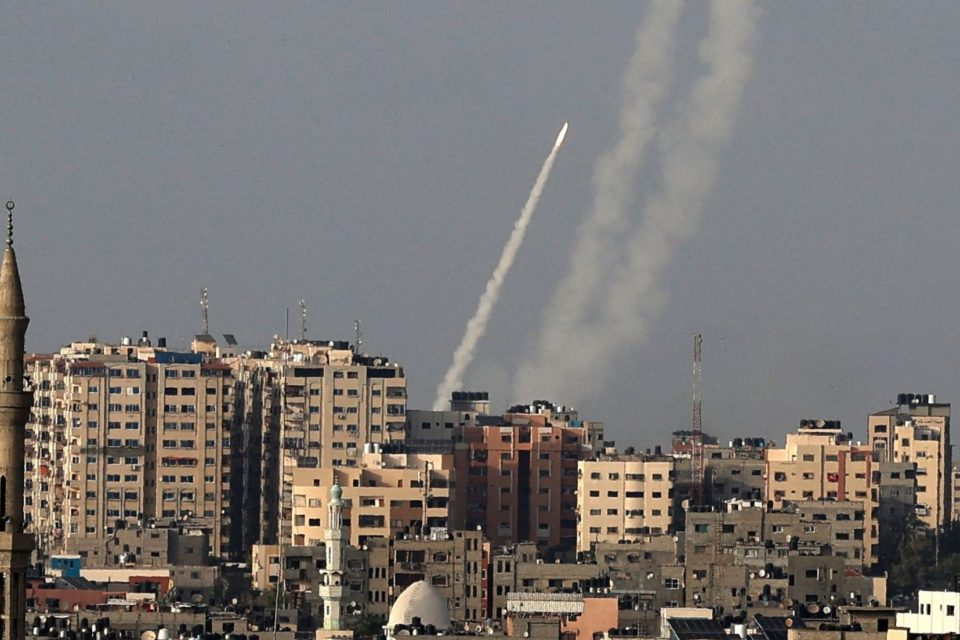 Qué hay detrás de la última escalada de violencia entre Hamas e Israel