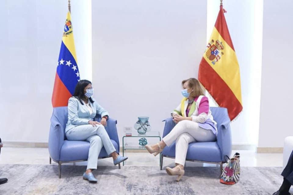 España insiste en la salida negociada para Venezuela