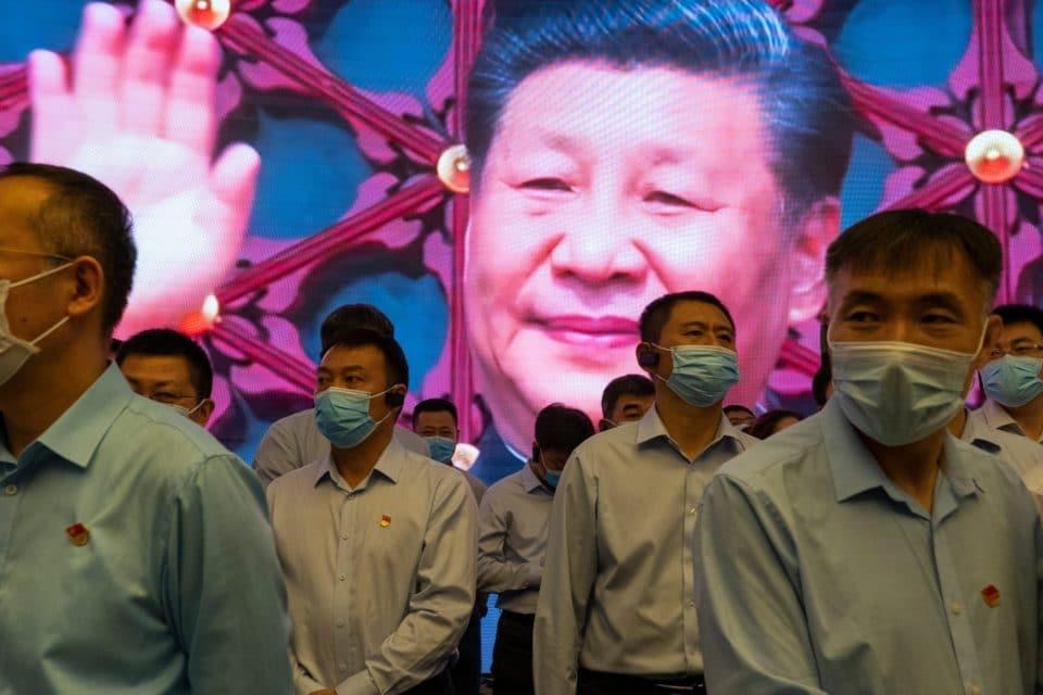 Jefe espía chino entregaría datos sobre origen de la COVID-19 a EEUU
