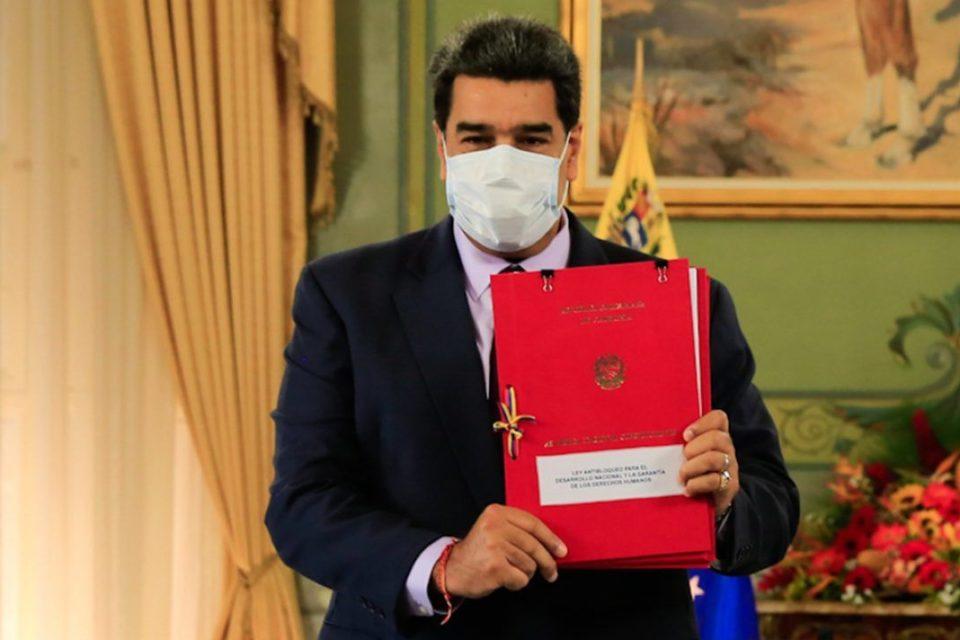 la-advertencia-sobre-los-contratos-petroleros-que-salgan-de-la-ley-antibloqueo-en-venezuela