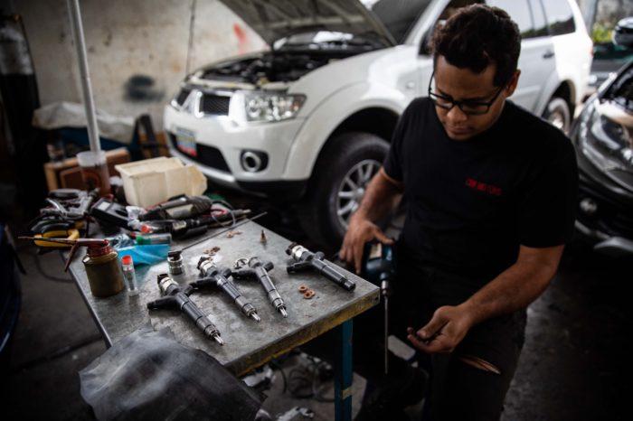 la-crisis-de-pdvsa-tambien-esta-destruyendo-el-parque-automotor-venezolano