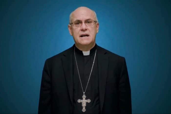 Obispos católicos de EEUU desafían al Papa Francisco en potencial confrontación con Joe Biden