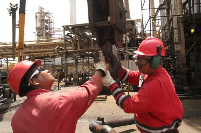 PDVSA despidió a más de 500 trabajadores de las refinerías más importantes de Venezuela