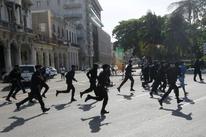 EEUU golpea las finanzas de los represores cubanos con duras sanciones