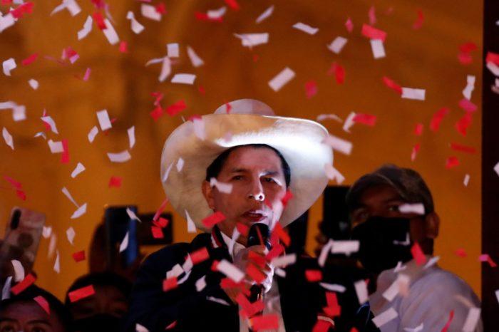 Régimen chavista reacciona con euforia a la proclamación de Pedro Castillo en Perú