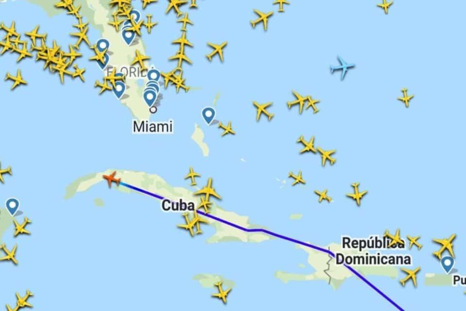 Aviones de Venezuela y México llegan a Cuba en medio de las protestas