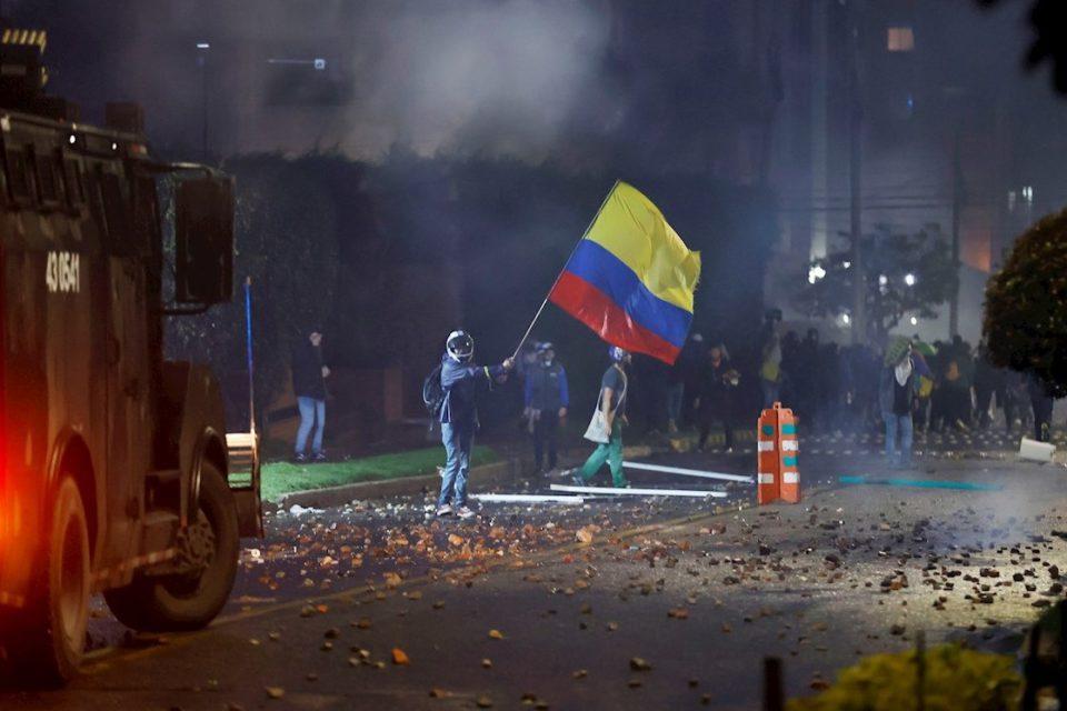 analisis-el-narcoterrorismo-marxista-asedia-colombia