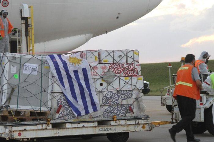 Uruguay planea vacunación para turistas en cuanto abra sus fronteras