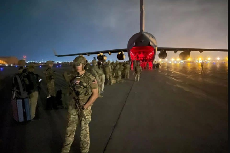 analisis-el-mensaje-que-envia-la-retirada-de-afganistan-al-regimen-de-maduro
